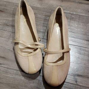 Cole haan nike air technology slip on nude shoes
